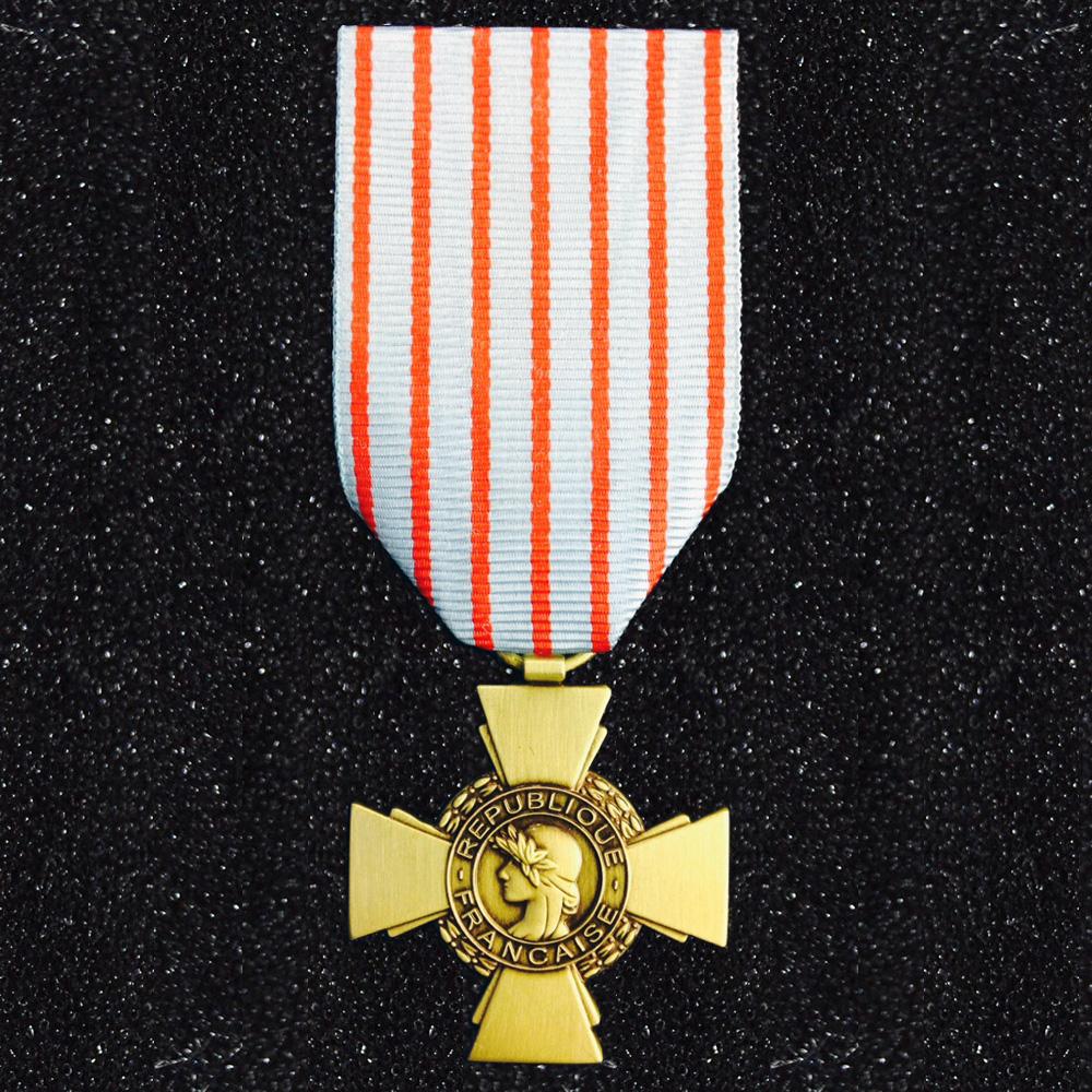 M 233 Daille Ordonnance Croix Du Combattant Sergequipement